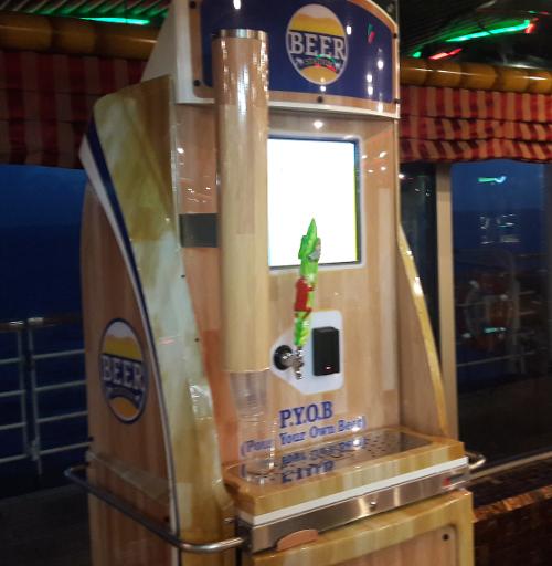 Автомат по продаже пива на корабле Carnival Fascination