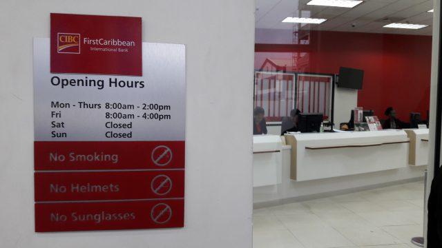 Часы работы карибских банков